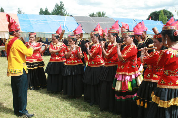 musik bambu sulawesi tengah